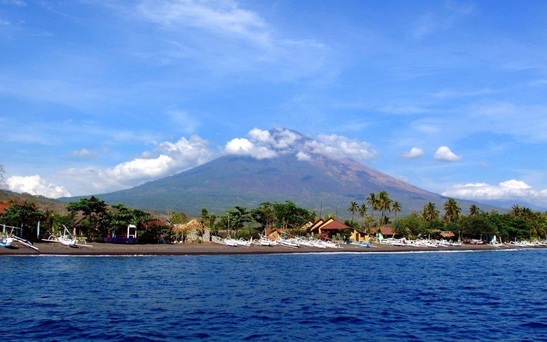Снорклинг на Бали. Амед, Туламбен
