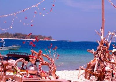 Острова Гили, Гили Мено, пляж кафе Диана,